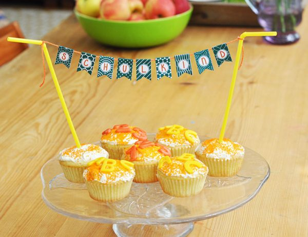 Mini Wimpel Schulkind Cupcakes