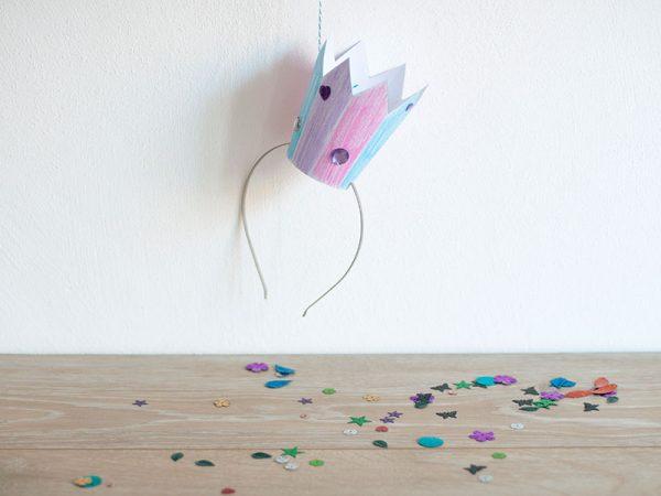 Designbeispiel Ausmal-Krone Karneval