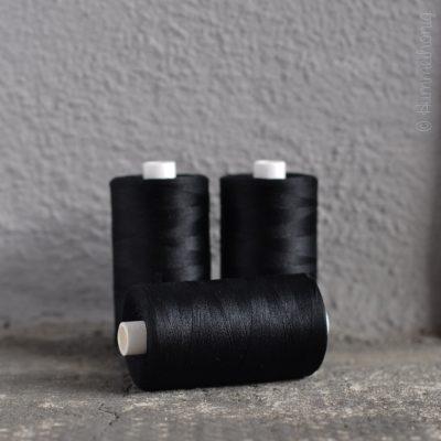 Bauschgarn schwarz
