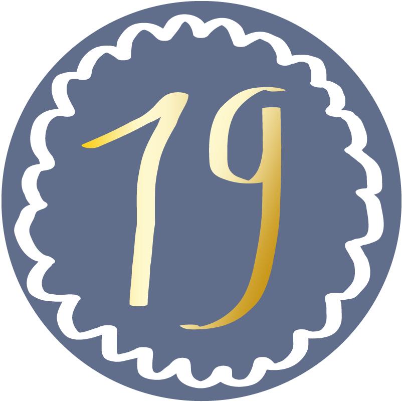 19 – Raglansweater Reykjavik mit Kapuze